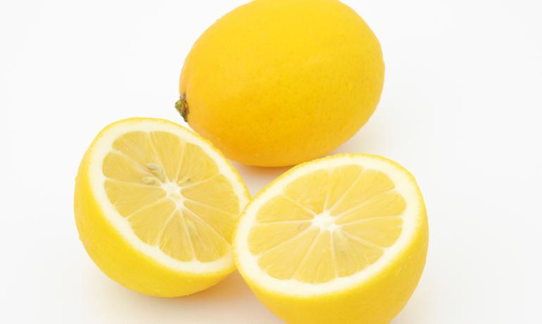 【ジャム作り】どうしてジャムにレモンを入れるの?