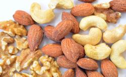 美肌や健康にも!ナッツの種類と栄養