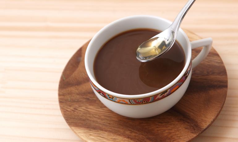 疲労回復にも!ハチミツとコーヒーの栄養